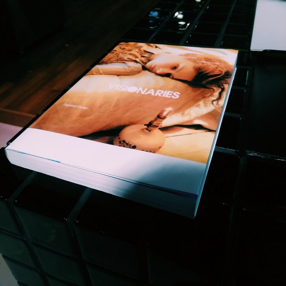 スザンナ・フランケル『ヴィジョナリーズ ファッションデザイナーたちの哲学』(P-vine Books)